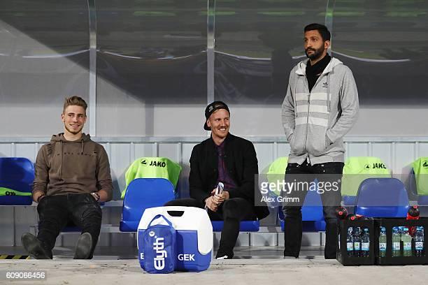 Injjured players Felix Platte Jan Rosenthal and team captain Aytac Sulu Of Darmstadt look on prior to the Bundesliga match between SV Darmstadt 98...