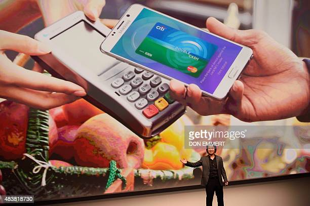 Injong Rhee of Samsung Electronics speaks about Samsung Pay during the Samsung Galaxy Unpacked 2015 event August 13 2015 in New York AFP PHOTO/DON...