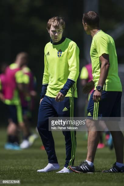 Injured Simon Tibbling of Sweden during the Swedish U21 national team MD1 training at Stadion Miejski on June 21 2017 in Swidnik Poland
