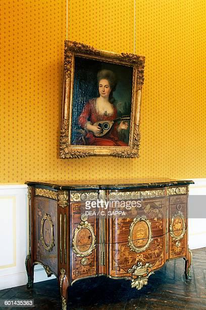 Inlaid commode Pavillon Vendome 16651667 AixenProvence ProvenceAlpesCote d'Azur France 17th century