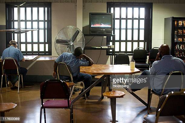 Inmates watch television at the North Central Correctional Institution in Marion Ohio US on Wednesday June 15 2011 As Ohio tries to close an $8...