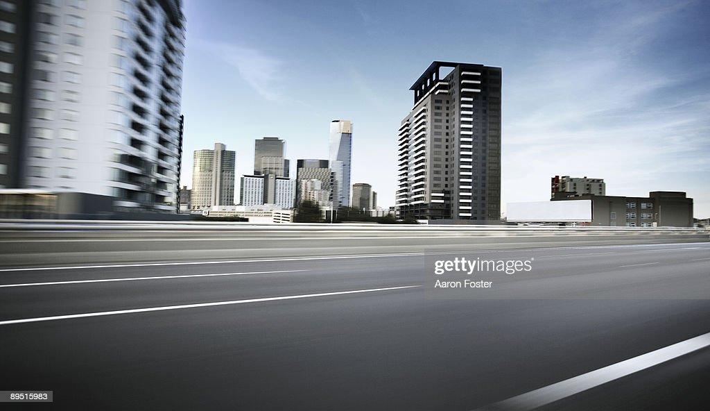 Inner City moving road : Foto de stock