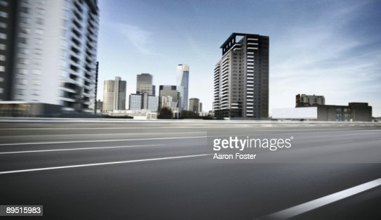 Inner City moving road : Bildbanksbilder