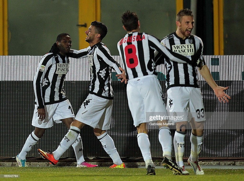 Innocent Emeghara (L) of AC Siena celebrates with team-mates after scoring during the Serie A match between AC Siena and S.S. Lazio at Stadio Artemio Franchi on February 18, 2013 in Siena, Italy.