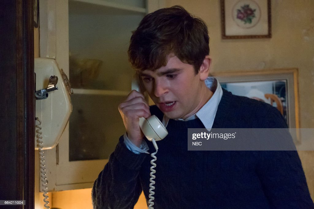 MOTEL -- 'Inseparable' Episode 507 -- Pictured: Freddie Highmore as Norman Bates --
