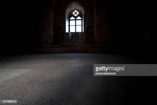 À l'intérieur d'un ancien château