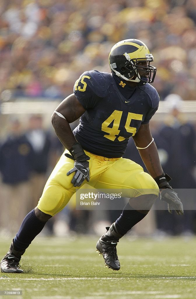 Inside linebacker David Harris #45 of the Michigan Wolverines during the NCAA game against the Ball State Cardinals on November 4, 2006 at Michigan Stadium in Ann Arbor, Michigan. Michigan won 34-26.
