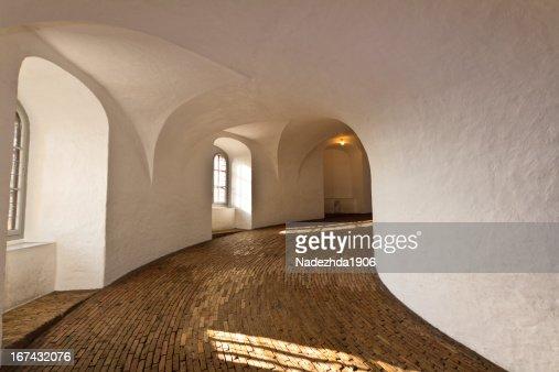 Torre redonda interior : Foto de stock