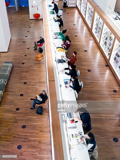 In der öffentlichen Bibliothek von Amsterdam