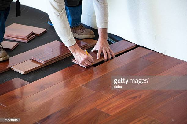 Installazione di pavimenti in legno