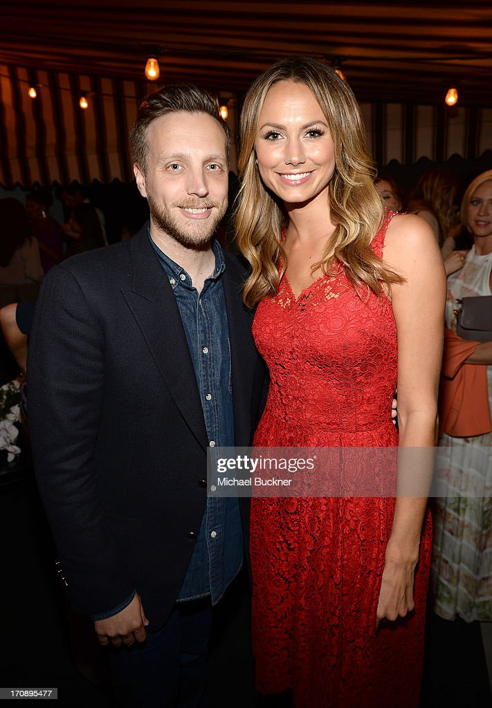 InStyle Editor Ariel Foxman Ariel Foxman and actress Stacy Keibler attend Mary-Kate Olsen, Ashley Olsen, and InStyle Editor Ariel Foxman celebrate the launch of the Elizabeth and James Fall 2013 Handbag Collection at a cocktail party held at Chateau Marmont in West Hollywood on June 19, 2013.