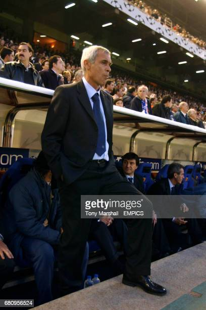 Inter Milan coach Hector Raul Cuper watches the game from the dugout
