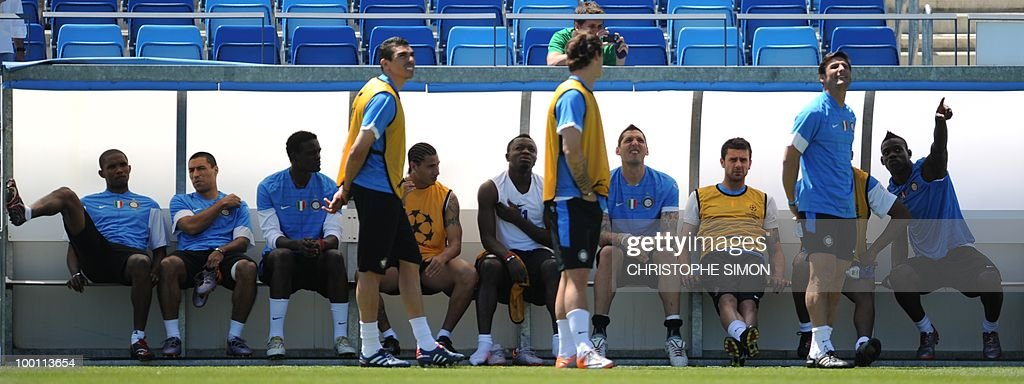 Inter Milan players prepare to take part in a team training session at the Alfredo Di Stefano stadium in Madrid, on May 21, 2010, on the eve of the UEFA Champions League Final against Bayern Munich.