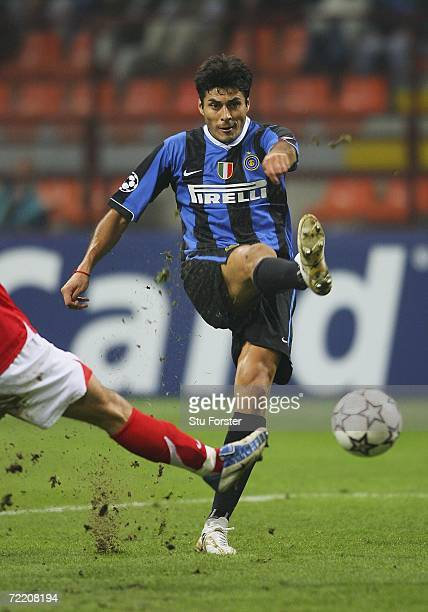Inter Milan striker Julio Cruz gets in a shot at goal during the UEFA Champions League Group B match between Inter Milan and Spartak Moscow at the...