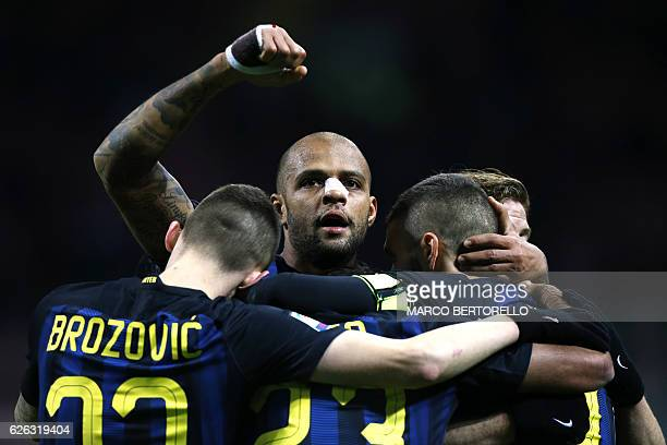 Inter Milan's Argentinian forward Mauro Emanuel Icardi celebrates with his teammates after scoring a goal during the Italian Serie A football match...