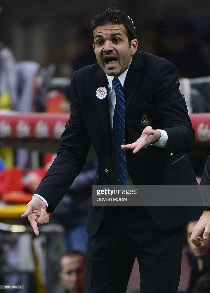 Inter Milan's coach Andrea Stramaccioni reacts during the Italian serie A football match between Inter Milan and Juventus, on March 30, 2013 at the San Siro stadium in Milan.