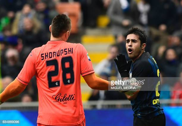Inter Milan's forward from Brazil Eder gestures with Empoli's Poland goalkeeper Lukasz Skorupski during the Serie A match between Inter Milan and...