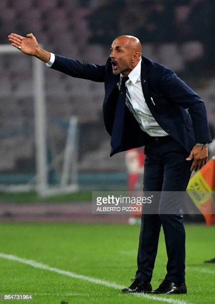 Inter Milan's Italian coach Luciano Spalletti gestures during the Italian Serie A football match between Napoli and Inter Milan on October 21 2017 at...