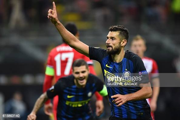 Inter Milan's Italian midfielder Antonio Candreva celebrates after scoring a goal during the Europa League group K football match between Inter and...