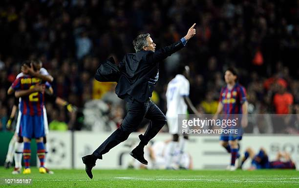 Inter Milan's Portuguese coach Jose Mourinho celebrates after winning the UEFA Champions League semifinal second leg football match Barcelona vs...