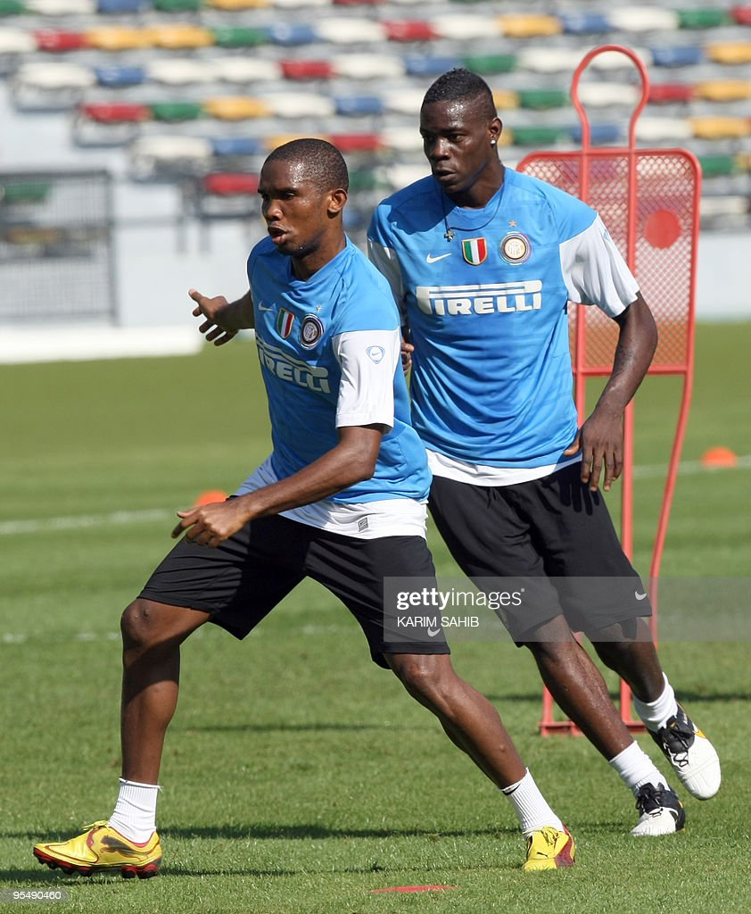 Inter Milan s Samuel Eto o and Mario Bal