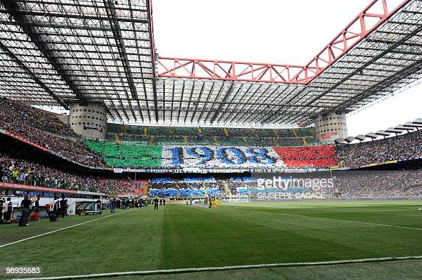 Inter Milan's supporter are seen before their team's Serie A football match against Chievo at San Siro Stadium in Milan on May 09 2010 AFP PHOTO /...
