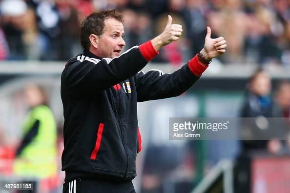 Interim coach Sascha Lewandowski of Leverkusen shows thumbs up during the Bundesliga match between Eintracht Frankfurt and Bayer Leverkusen at...