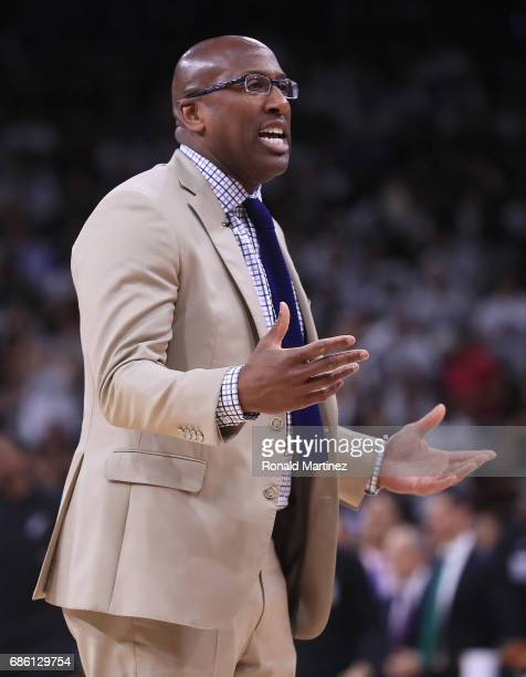 Interim head coach Mike Brown of the Golden State Warriors reacts in the first half against the San Antonio Spurs during Game Three of the 2017 NBA...