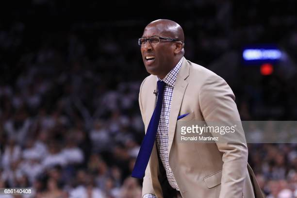 Interim head coach Mike Brown of the Golden State Warriors reacts in the second half against the San Antonio Spurs during Game Three of the 2017 NBA...
