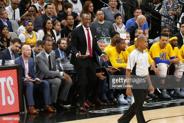 Interim head coach Mike Brown of the Golden State Warriors reacts in the first half against the San Antonio Spurs during Game Four of the 2017 NBA...