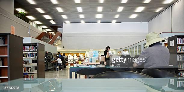 Interior da biblioteca pública