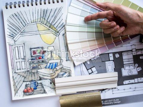 Dise ador de interiores de la mano de trabajo con - Disenador de interiores trabajo ...