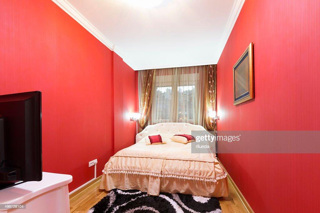 Stanze Da Letto Rosse : Bella camera da letto in rosso e bianco