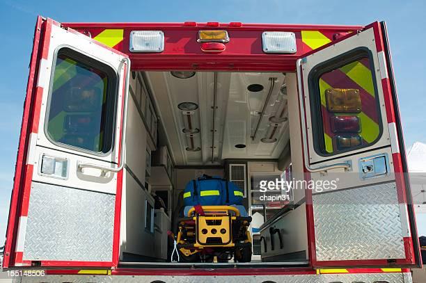 Intérieur de l'Ambulance d'urgence