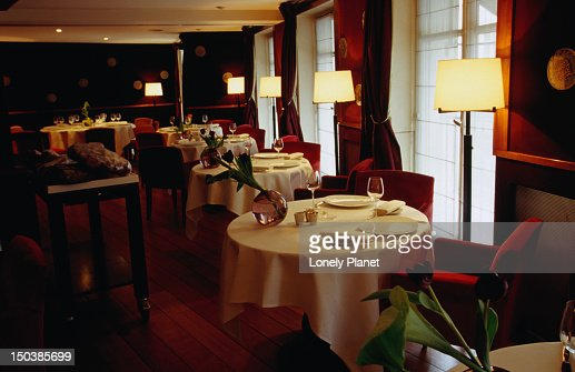 Interior of le salon dhelene darroze stock photo getty for Le salon d helene