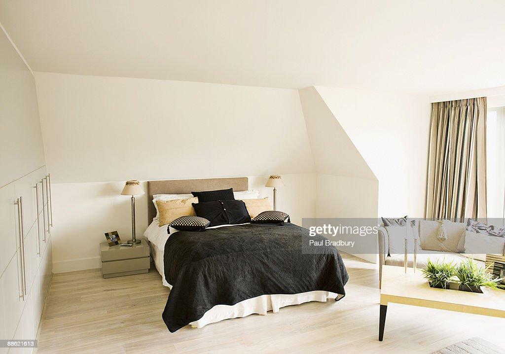 Interior of modern bedroom : Stock Photo