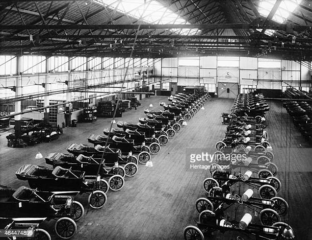 Interior of the Ford works Trafford Park Manchester c1911c1927 Rows of Model Ts are lined up The hugely successful Model T was Britain's bestselling...