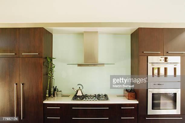 Innenaufnahme eines modernen Küche