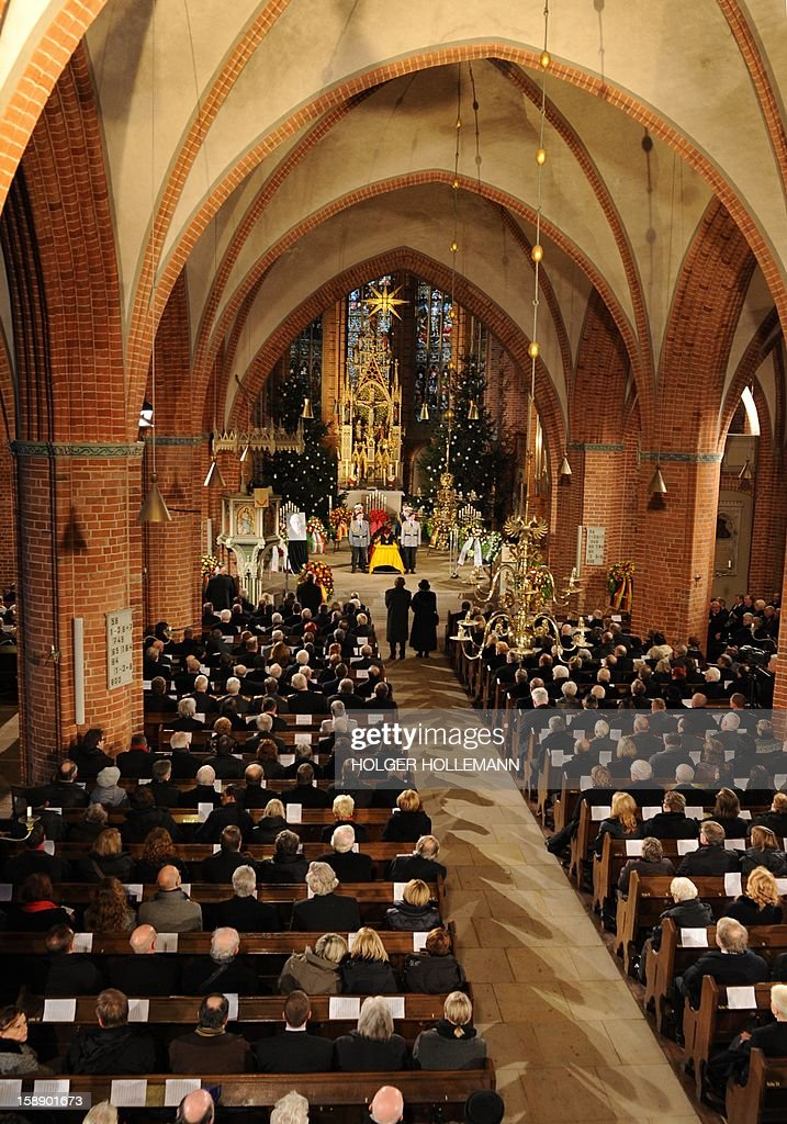 Interior view of the church duirng the funeral service for former German Defence Minister Peter Struck at Saint Mary's church in Uelzen, Germany, on January 3, 2013. Struck died on December 19 from the effects of a heart attack, aged 69.