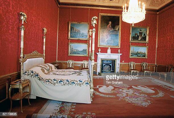 Interiors Of Windor Castle The Kings State Bedchamber
