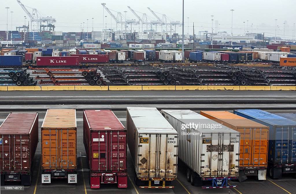 Intermodal containers are positioned to be loaded onto railcars at the Union Pacific Intermodal Terminal in Oakland, California U.S., on Wednesday, Jan. 23, 2013. Union Pacific Corp., the largest U.S. railroad by sales, posted higher fourth-quarter earnings than analysts estimated as shipments of chemicals and automobiles climbed. Photographer: Ken James/Bloomberg via Getty Images