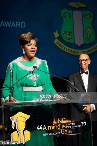 International President of the Alpha Kappa Alpha Sorority Dorothy Buckhanan Wilson receives the Presidents Award at the UNCF New York Gala Dinner on...