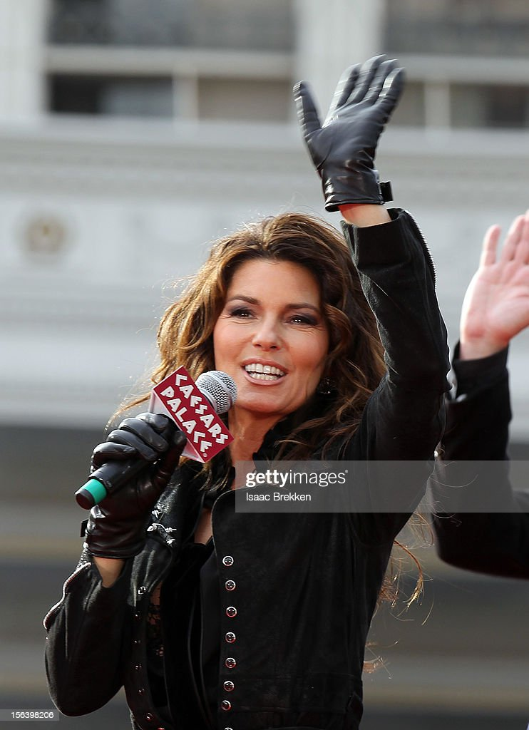 International superstar Shania Twain arrives at Caesars Palace on November 14, 2012 in Las Vegas, Nevada.