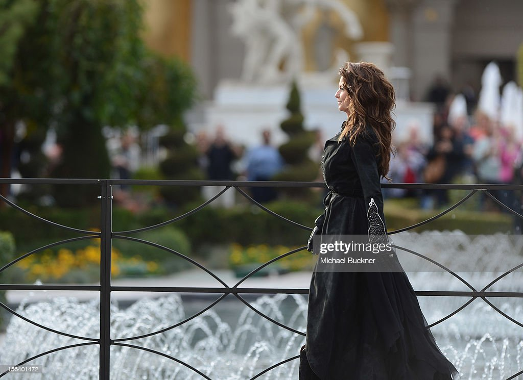 International superstar Shania Twain arrives in front of the Caesars Palace fountains on horseback to greet fans on November 14, 2012 in Las Vegas, Nevada.
