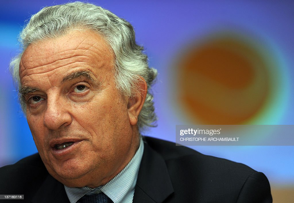 International Tennis Federation (ITF) President <a gi-track='captionPersonalityLinkClicked' href=/galleries/search?phrase=Francesco+Ricci+Bitti&family=editorial&specificpeople=575852 ng-click='$event.stopPropagation()'>Francesco Ricci Bitti</a> speaks to reporters during a press conference at a hotel in Bangkok on September 23, 2011. Ricci Bitti was on September 23 re-elected president of the International Tennis Federation (ITF). AFP PHOTO / Christophe ARCHAMBAULT