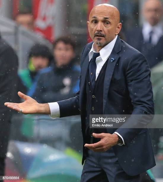 Internazionale Milano coach Luciano Spalletti gestures during the Serie A match between FC Internazionale and Torino FC at Stadio Giuseppe Meazza on...