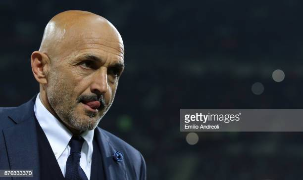 Internazionale Milano coach Luciano Spalletti looks on before the Serie A match between FC Internazionale and Atalanta BC at Stadio Giuseppe Meazza...