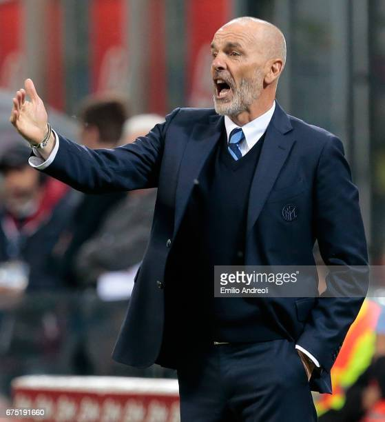 Internazionale Milano coach Stefano Pioli issues instructions to his players during the Serie A match between FC Internazionale and SSC Napoli at...
