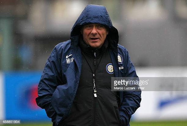 Internazionale Milano coach Walter Mazzarri looks on during FC Internazionale training session at the club's training ground on November 12 2014 in...