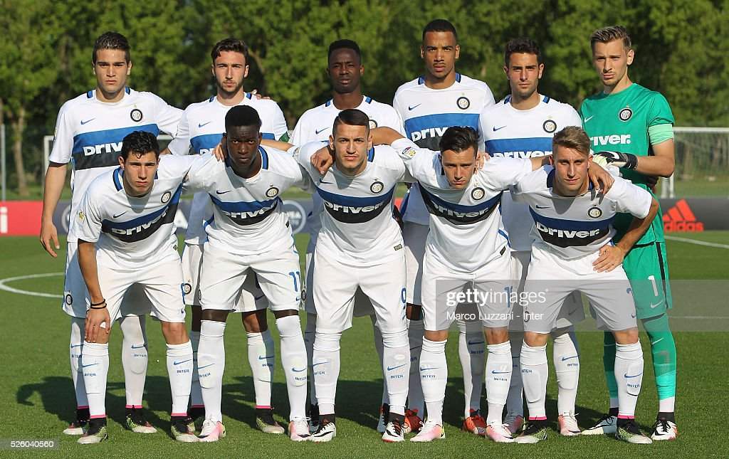 FC Internazionale Milano Juvenile team line up before the juvenile match between AC Milan and FC Internazionale at Centro Sportivo Giuriati on April 29, 2016 in Milan, Italy.
